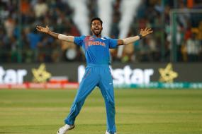 Champions Trophy 2017: Pandya Should Play; Experts Against Giving Him New Ball