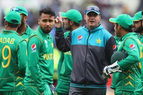 Mickey Arthur Requests Sri Lankan Players to Play in Lahore