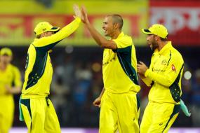 Ashton Agar Ruled Out of India Tour With Fractured Finger