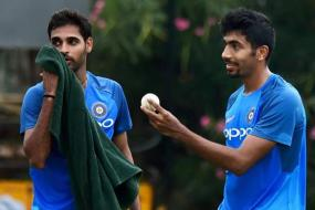 SL T20s: Bhuvneshwar, Bumrah's Workload to be Discussed, Focus on Kohli Too