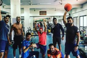 Yuvraj Singh, Hardik Pandya, Jasprit Bumrah Sweat it Out in the Gym With Karthik, Chahal and Jadhav
