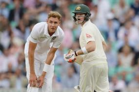 Ashes: Smith Defiant for Australia After English Collapse