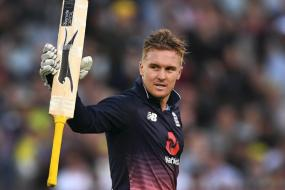 Jason Roy Smashes 180 as England Win by Five Wickets in Melbourne