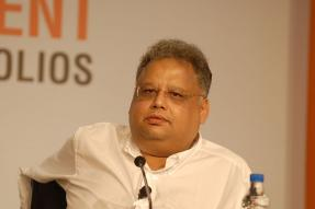 Jhunjhunwala Predicts 'Very Very Long Bull Run', Bets on Pharma