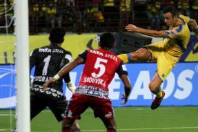 ISL 2017 Live Score: Jamshedpur FC Hold Kerala Blasters to Goalless Draw in Kochi