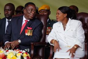 'Crocodile' Mnangagwa Sworn in as Zimbabwe President as Mugabe Era Ends