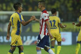 ISL 2017: Holders ATK & Kerala Blasters Share the Spoils in Goalless Draw