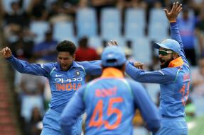 Gavaskar & Tendulkar Feel Bowlers Behind Kohli & Co's Success in SA