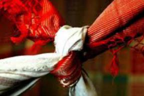 Hindu Girl Weds Childhood Muslim Friend in Pakistan