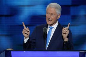 I Met a Girl: Bill Clinton Recalls His First Meeting with Wife Hillary