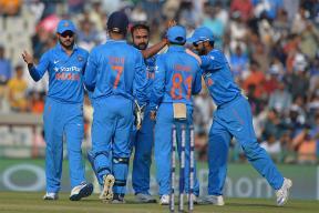India vs New Zealand Live Score, Ranchi ODI: India Need 261 Runs to Win Series