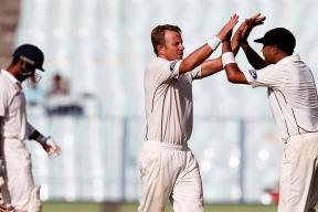 India vs New Zealand Live Score: Late Wickets Put NZ Back in the Game