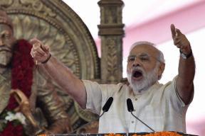 Modi Replies to Akhilesh's Jibe, Says Doesn't Mind Working Like a 'Donkey'