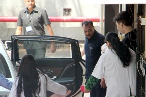 Karan Johar Takes Twins Roohi And Yash Home, See Pics