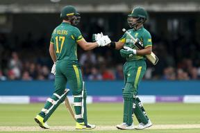 South Africa Defeat England in 3rd ODI By Seven Wickets