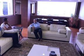 Chennai's Super MS Dhoni Meets Former BCCI Chief Srinivasan