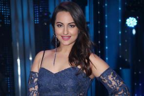 Star Spotting: Sonakshi Sinha, Tiger Shroff, Parineeti Chopra, MS Dhoni, Sushant Singh Rajput...