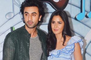 Katrina Kaif, Ranbir Kapoor promote 'Jagga Jasoos' on Sa Re Ga Ma Pa Li'l Champs Season 6