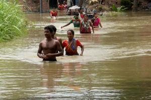 Heavy monsoon rains lash India
