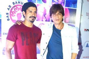 Shah Rukh Khan Shines at Farhan Akhtar's Lalkar Concert