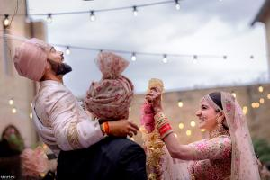 Virat Kohli, Anushka Sharma's Wedding Pictures Are Out!