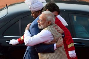 Narendra Modi Welcomes Candadian PM Justin Trudeau With a Hug