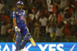 IPL 2017: MI vs RPS - Turning Point - Rohit's Failure to Score Boundaries