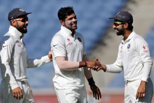 India vs Australia: Mitchell Starc Cameo Nullifies Umesh Yadav's Burst
