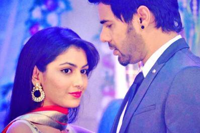 Kumkum Bhagya: Pragya Creates Drama to Get Her Entry Back in Mehra House