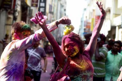 3 Awesome Places to Celebrate Holi in 2018
