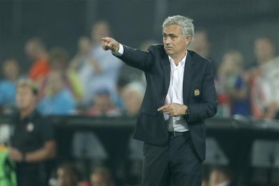 Jose Mourinho praises 'beautiful' Man Utd performance despite dropping points