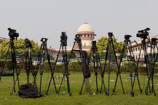 After Triple Talaq, Supreme Court to Examine Validity of Parsi Divorce Law as PIL Questions Jury Trial