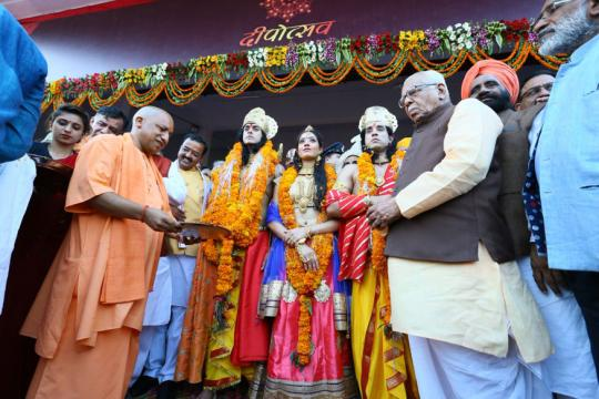 Yogi Adityanath Celebrates Diwali in Ayodhya, Says it's 'Ram Rajya' Now