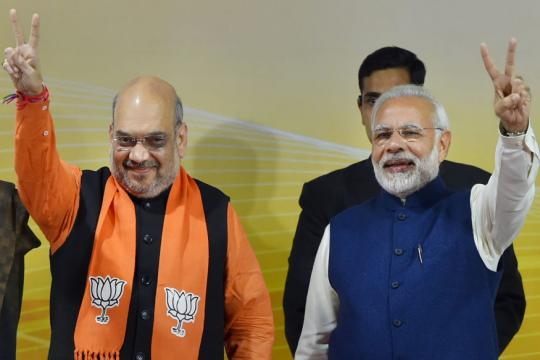 Gujarat Election Result 2017 LIVE: Victories in the Bag, Prime Minister Narendra Modi Refocuses on 'Vikas'