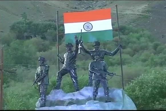 India Celebrates 17th Kargil Vijay Diwas, Remembers Martyrs of 1999 War
