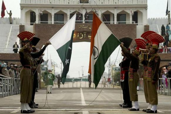 Pakistan's Industry Body FPCCI Hints at Suspending Trade Ties With India