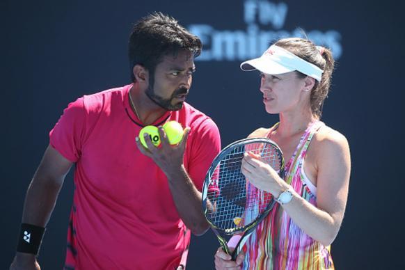 Australian Open 2017: Paes-Hingis Ease Into Mixed Doubles Quarters