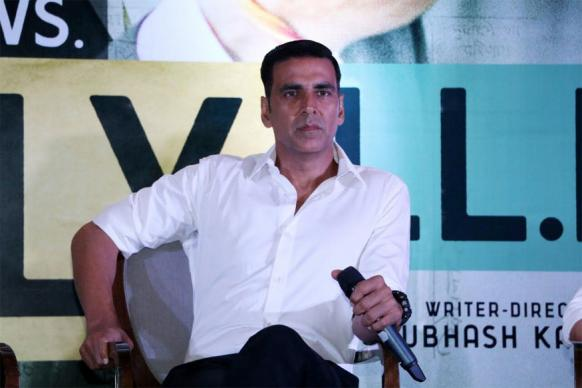 If a Guy Touches You Inappropriately, Hit Him Back and Run: Akshay Kumar