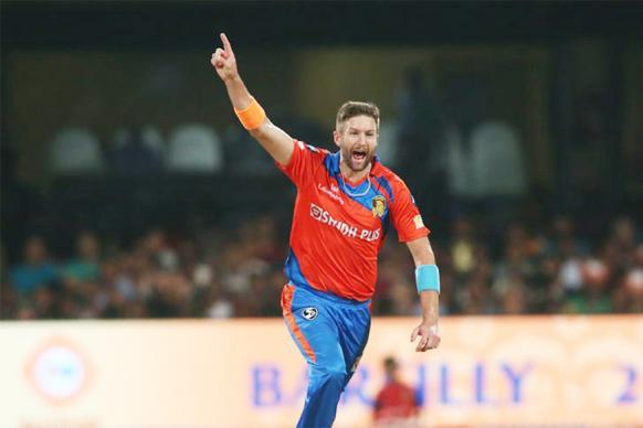 IPL 2017: RCB vs GL - Turning Point - Andrew Tye's First Over