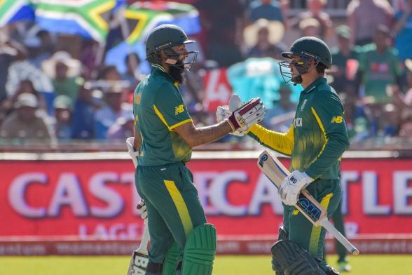 De Kock, Amla Create History as SA Crush Bangladesh by 10 Wickets in 1st ODI