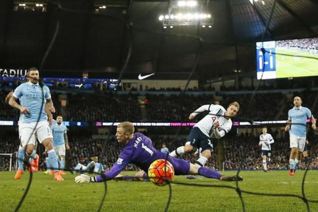 EPL: Tottenham beat Manchester City 2-1 to keep title hopes alive