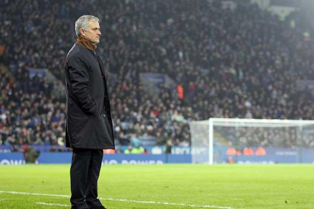 Manchester United would have told me about Jose Mourinho talks: Louis van Gaal