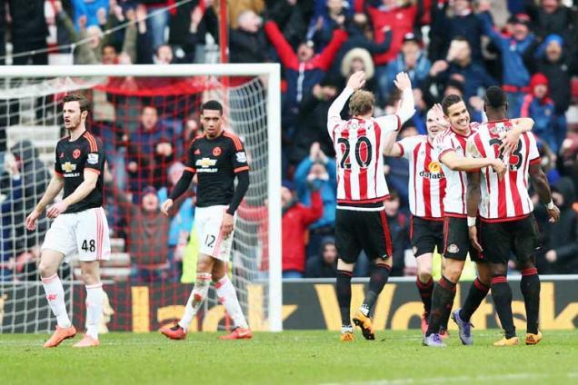 EPL: David de Gea own goal dents Manchester United