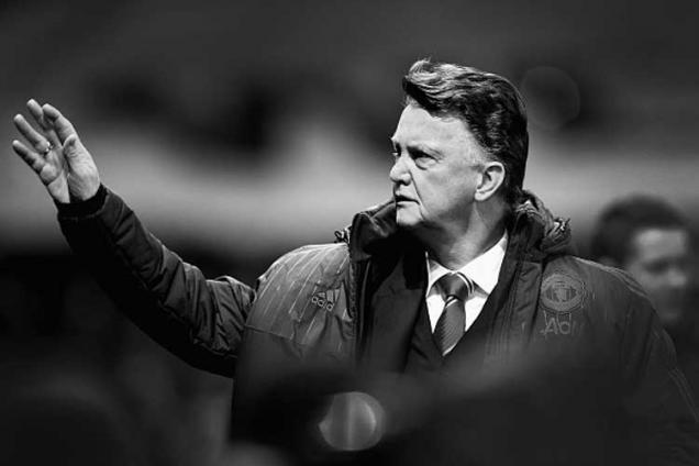 Manchester United can still fight for title, says Louis van Gaal