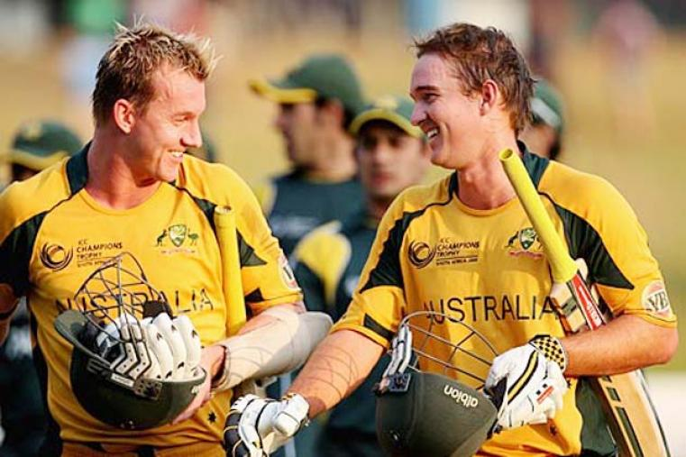 Brett Lee and Nathan Hauritz overcame a dramatic collapse to beat Pakistan by two wickets off  the last ball and ensure Australia's progression to a fourth Champions Trophy final. (Getty Images)