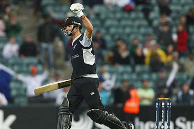 New Zealand knocked Pakistan out in the semi-finals courtesy a five-wicket win which owed plenty to Grant Elliott's 75 not out in a successful chase of 234 at Johannesburg. (Getty Images)