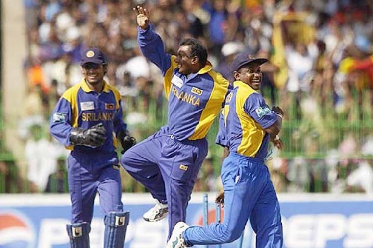 Sri Lanka upset fancied Australia in the second semi-final by bowling out the World Cup winners for 162 en route to a seven-wicket win. (AFP)
