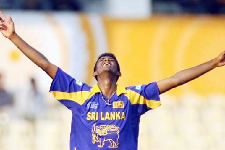 Sri Lanka's Farveez Maharoof took 6 for 14, the best-ever figures in the Champions Trophy, as Sri Lanka bowled defending champions West Indies out for 80 as the 2006 edition got underway in India. (AFP)
