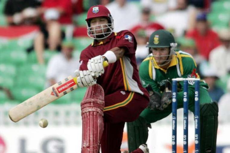 Ramnaresh Sarwan guided West Indies into the 2004 final with an unbeaten 56 as Pakistan were beaten by seven wickets with 131 deliveries remaining. (Getty Images)