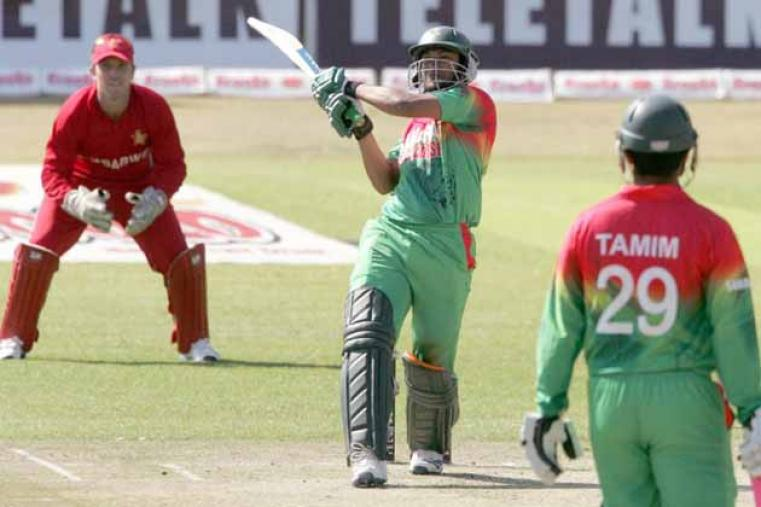 Shakib Al Hasan was once again aggressive in his approach, hitting six fours and a six in his 40-run knock. (AFP)